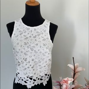 EverNew Melbourne white crop top size 0